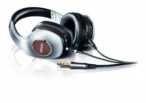 Denon AH-D7100_horizontal